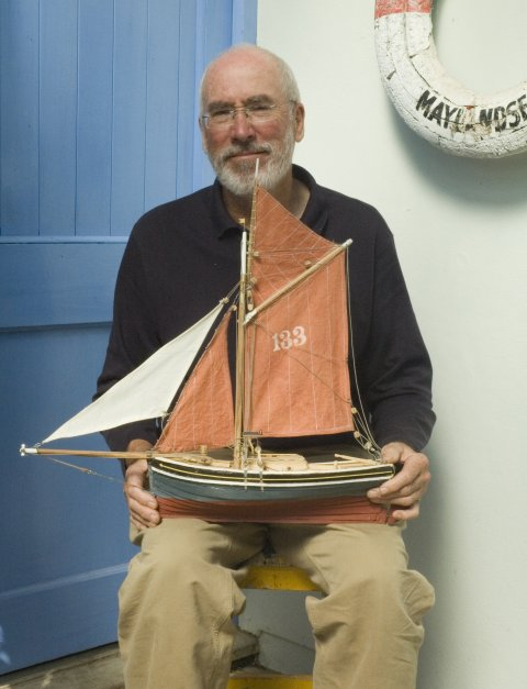 John Cann with model of 1860s Thames bawley, Vivid